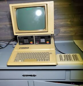 Vintage Apple II Computer W/ 2 Disk Drives, Monitor, 10 Key, & Cords - Powers On