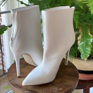 Sexy White HIgh Heel Wedding boots 9 NWB