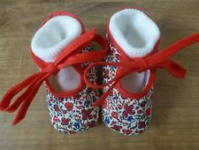 ***Chaussons Liberty Print 0-3 mois Rouge