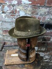 56cm GENUINE VINTAGE EDELWEISS GREEN FUR-FELT TRILBY HAT WW2 DEMOB SUIT FEDORA