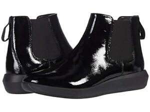 Clarks Tawnia Mid Bootie (Black Crinkle Patent Leather)