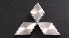 Silver Diamond Badge 4.7cm Mitsubishi