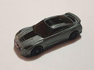 Hot Wheels 2017 Nissan GT-R R35