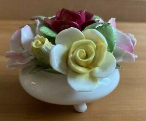 ROYAL DOULTON ORNATE BONE CHINA FLOWER BOUQUET