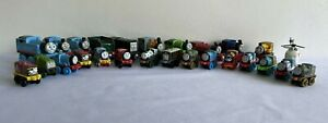 Lot of 26 Thomas and Friends Mixed Trains Die Cast Magnetic and Mini