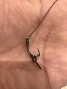 5 x CARP  fishing Slip D rigs size 8 Barbless With Screw Tied With N-Trap Korda