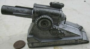 Vintage Manoil Barclay Field Artillery Cannon