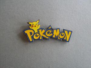 Pokemon -  Pin.   Schriftzug.    Japanischer Manga / Comic.   Seltenes Teil.