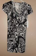 New Small LIZ LANGE MATERNITY for Target Tunic Shirt NWT Cap Sleeve BLACK WHITE