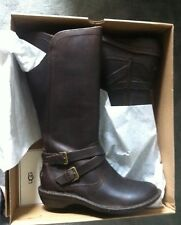 NEW UGG WMNS Size 6 Brown Leather Riding Boots shearling Interior