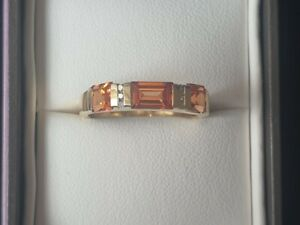 Authentic Michael Hill 10k Gold Diamond & Orange Citrines Layer Band Ring Size 7
