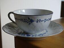 1 ANCIENNE TASSE A CAFE OU THE EN PORCELAINE DE LIMOGES HORTENSE BERNARDAUD