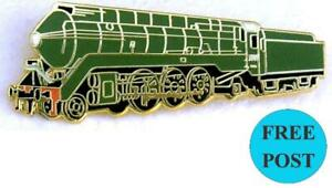 NSWGR 4-6-2 Streamlined class C38 locomotive 3801 badge in green livery