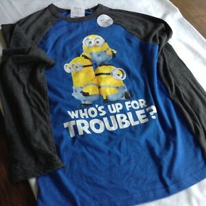 Despicable Me Minion Made Boys Large Blue Long Sleeve Pullover T-Shirt