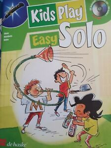 Kids Play Easy Solo Oboe with play along CD sheet music