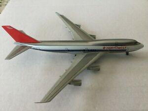 Jet-X   Northwest  B747-400  N661US  JX026  1:400 Scale Diecast Model