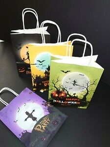 Halloween Paper Party or Gift Bags 4 pack for Gifts Treats Sweets 4 colours vary