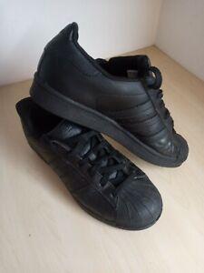 Older Boys Adidas Superstar All Black Leather Trainers UK 5 EU 38