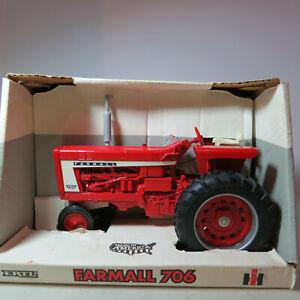 Ertl IH Farmall 706 Tractor made USA  1/16 IH-2307-10DO-B