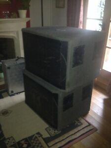 Pair of Peavey HiSys 2 x15' Sub PA speakers 700W