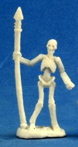 1 x SQUELETTE GUERRIER LANCE - BONES REAPER figurine miniature jdr rpg skeleton