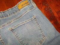 LEVI'S Denizen Totally Shaping jeans 16M Boot Cut Denim Blue Jeans 34x31