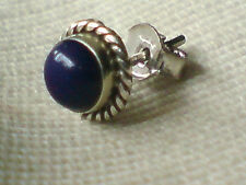 SINGLE STERLING SILVER ROUND 7mm.STUD EARRING with a LAPIS  STONE £4.50 NWT