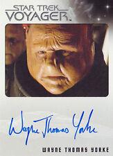 Star Trek Voyager Heroes & Villains Wayne Thomas Yorke Autograph Card