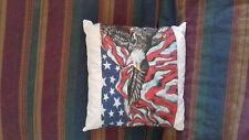 coussins 40 sur 40 ct  dessin    aigle  avec drapeau americain