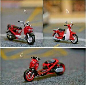 Miniature Honda. Zoomer .Motorcycle  1/87 or 1/64 no Preiser Diecast