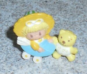 Strawberryland Miniatures Beurre Biscuit Gelée Ours STRAWBERRY SHORTCAKE PVC