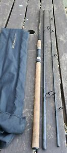 A SHAKESPEARE AERIEL SALMON SPINNING ROD 3 PIECE 10FT CAST 10-60 GRAMS VGC