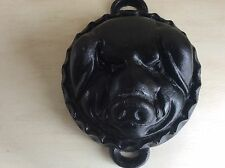 VTG CAST IRON PIG FACE HEAD CHEESE MOLD BAKING PAN FARMHOUSE DECOR WALL HANGING