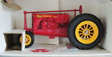 MASSEY HARRIS NARROW FRONT TRACTOR TWIN POWER 1/16 SCALE  SPECCAST DIECAST 2515