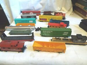 Variety Lot of HO Scale Cars  Parts/repair