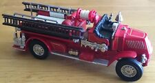 1920 Matchbox Collectibles/Yesteryear Mack AC Model Fire Engine