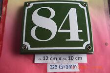 Hausnummer Nr 84 weiße Zahl auf gras - grünem Hintergrund 12 cm x 10 cm Emaille