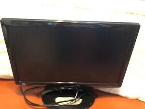 Sharp 18 inch LC-19SK24U TV, HDMI, 120 volt