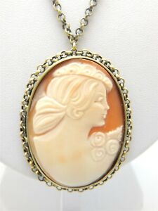 """VINTAGE AMEDEO CARVED CONCH SHELL CAMEO PENDANT ON NON REMOVABLE CHAIN 22"""""""