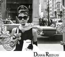 Audrey Hepburn (Window) - Mini Poster - 40cm x 50cm MPP50115 - M82