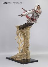 Assassins Creed Ezio Auditore-salto de fe estatuilla de 39cm