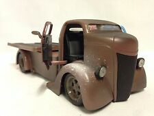 1947 Ford COE-Chopped Cab w/Sliding Bed 1:24 Diecast, Collector Jada Toys Brown