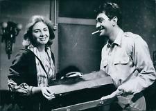 Actrice Eleonora Rossi Drago avec Jean Claude Pascal, 1958, vintage silver print