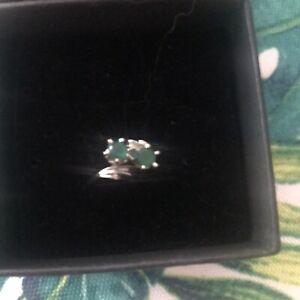 Damen Ring Weissgold 750 mit Smaragden Gr. 15,5