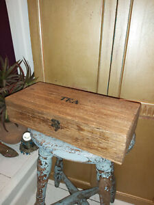 LARGE SOLID MANGO WOOD RUSTIC TEA BOX FROM INDIA
