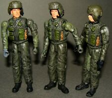 1:18 BBI Elite Force U.S Army Black Hawk Helicopter Chief Pilot Crew Set Figures