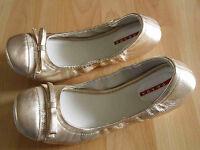 PRADA schöne Lackleder Ballerinas Gummizug gold Gr. 37 1/2 NEUw.  GS615
