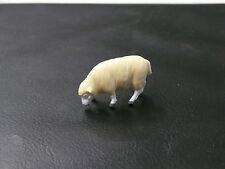 1/32ème BRITAINS : MOUTON PÂTURANT / KERRYHILL SHEEP FEED - Référence 2226/1