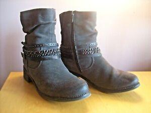 Ladies Marco Tozzi Size 6 - 39 Grey Suede Triple Strap Trim Zip Ankle Boots