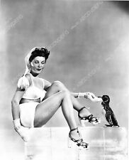 8b20-3223 cool pinup pose on block of ice Barbara Bates with a penguin 8b20-3223